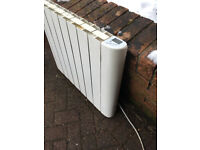 Wall Mounted Oil Filled Electric Radiator Heater For Spairs or Repair X3
