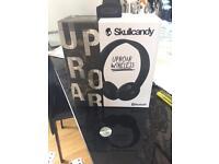 Skullcandy headphones brand new