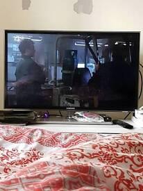 """32"""" D6530 Series 6SMART 3D Full HDLED TV"""