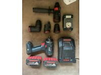 Bosch 18v Flexi click drill with 4 x interchangable heads 2 x 6 amp batteries and a light