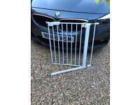 Extendable Stair Gate - L@@K