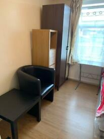 Single Room For Single @Female-only@