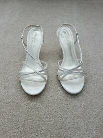 Ladies strappy ivory shoes size 6