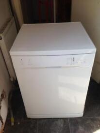 Currys Essentials CDW60W13 Dishwasher