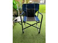 Lightweight folding garden/camping Directors chair with side table and drink holder