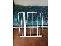 Old fashioned screw pressure baby gate