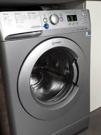 Silver washing machine, Indesit Index, capacity 8 kg, family washing machine