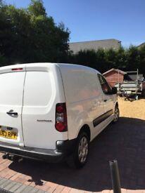 2013 white Peugeot partner diesel 1.6 van