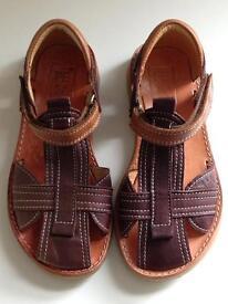 Petasil Sandals, size: 29 (UK 11)