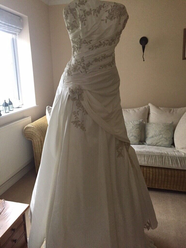 Maggie Sottero Brea Wedding Dress Size 8 Silk In Tiverton Devon Gumtree