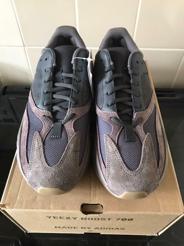 new product 714e0 7728b Adidas x Kanye West Yeezy 700 Mauve UK size 8 £350 UK size 8.5 £350 | in  Clapham, London | Gumtree