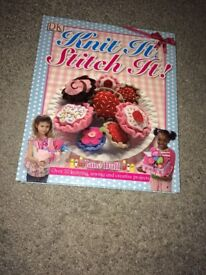 Knit It, Stitch It! by Jane Bull