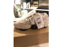 Adidas Yeezy 500 desert blush size 10