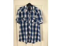 Men's short sleeved shirt size large