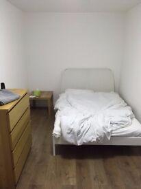 Double Room in Lower Earley RG6
