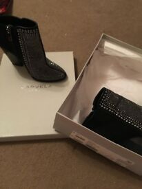 Kurt Geiger diamanté boots bought for £150 only asking for £100