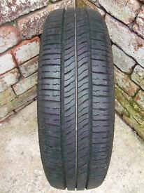 car - Wheel + tyre Bridgestone B371 165/60R14 T75