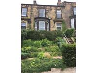 A beautiful Victorian Mid terrace house £1250 pcm
