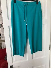 Ladies summer cropped trousers size 14
