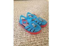 boys size 5 jelly shoes