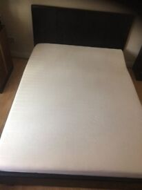 Double bed + memory foam mattres in great condition