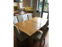 Marks & Spencer Extending Dining Room Table Oak with 6 Leather Dining Chairs
