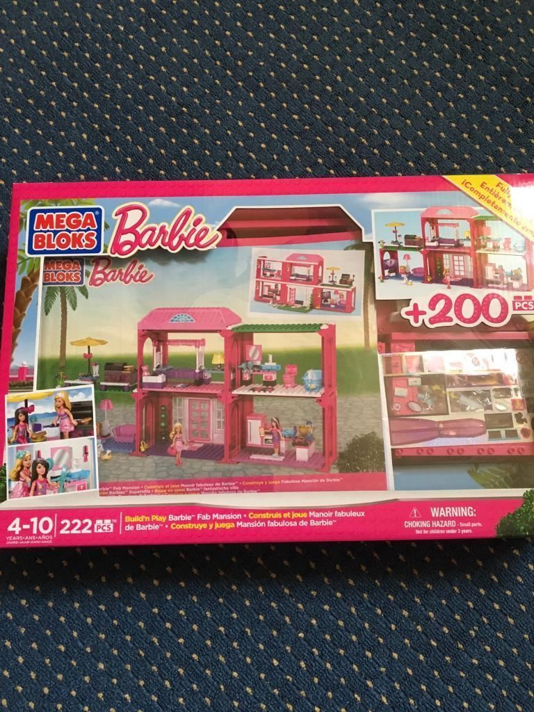 MEGA BLOKS Barbie Build'n Play Fab Mansion with accessories