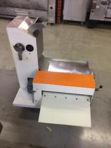 UNIVERSE DOUGH SHEETER-USED