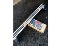 Thule roof bars and feet