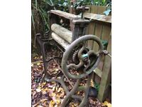 Vintage Original solid iron Mangle from the 1950/60's