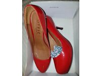 "NEW 'Office' Red Pewter Leather Shoes Size 6 - ""BANG ON TREND RED"""