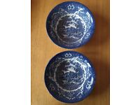 2 detailed blue bowls