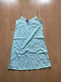 Marks and Spencer nighrdress size 8 *new*