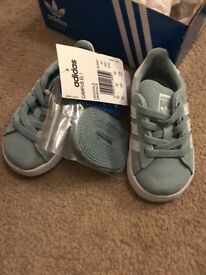 NEW Adidas campus trainers