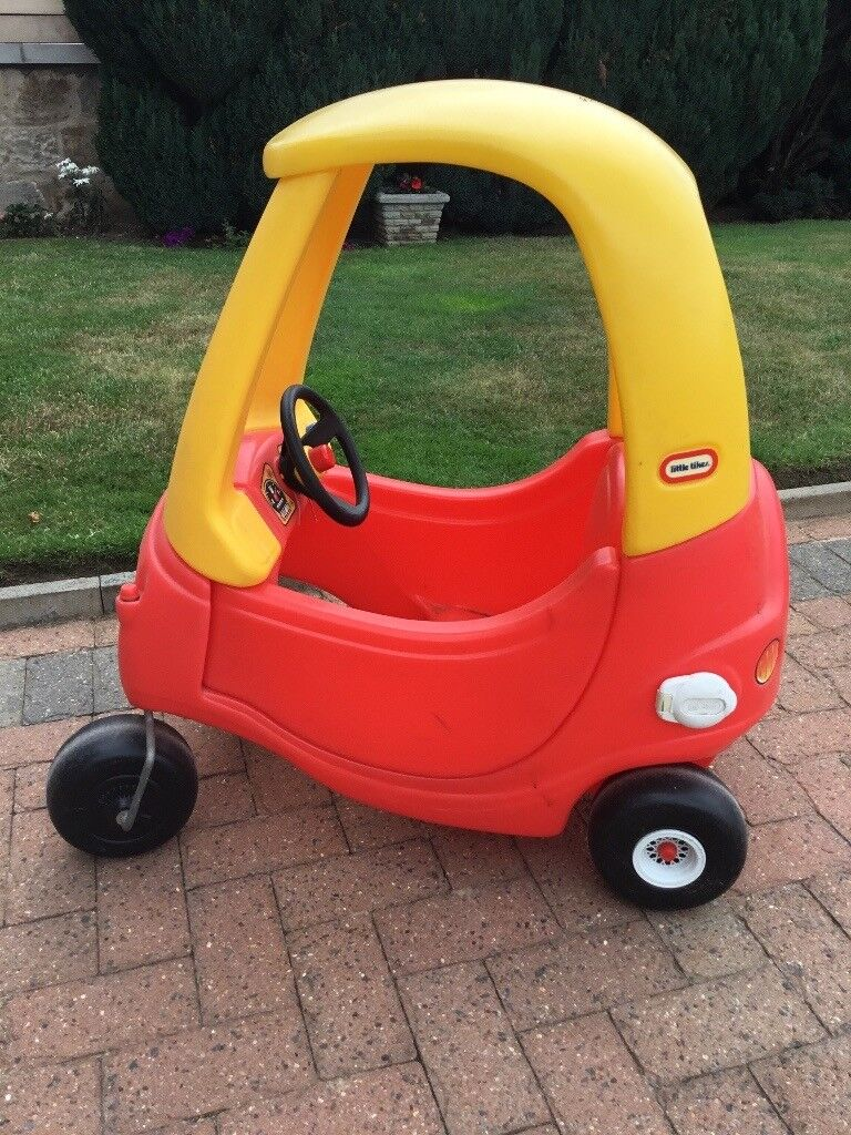 Little Tikes Cozy Coupe Car In Red And Yellow In