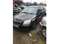 Toyota avensis 2.0 d4d ( breaking full vehicle for parts)