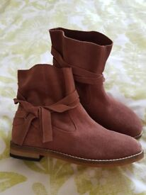 NEXT GIRLS SUEDE BOOTS SIZE 12 NEW