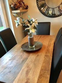 5ft x 2ft 6 Mango wood dining table and 6x faux leather and suede chairs in immaculate condition