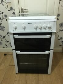 Gas cooker pristine condition, full working order, like new
