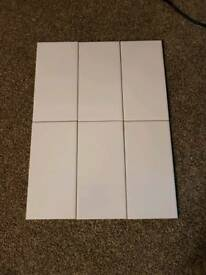 Gloss white porcelain wall tiles. 50 tiles per box.