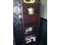 Bookcase /shelf's x2