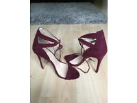 New Burgundy shoes size 4