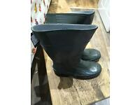 New mens wellies size 13