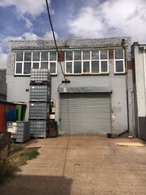 Unit and yard area to rent near to Willenhall town centre