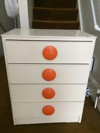 White Retro wooden chest of drawers