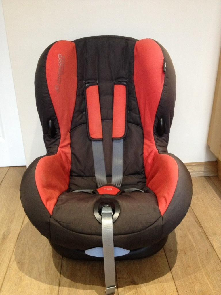 maxi cosi priori car seat in whickham tyne and wear. Black Bedroom Furniture Sets. Home Design Ideas