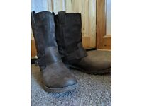 Size 6 Brown Timberland Boots
