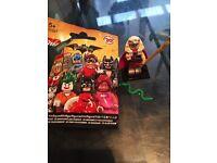 Lego batman minifugures