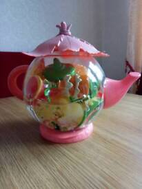Tinkerbell tea set.
