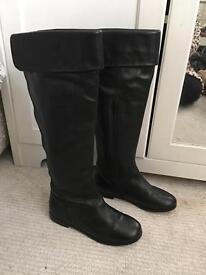 Womenswear Clark leather boots size 3